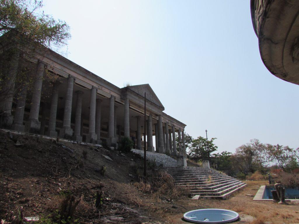 Partenon Zihuatanejo